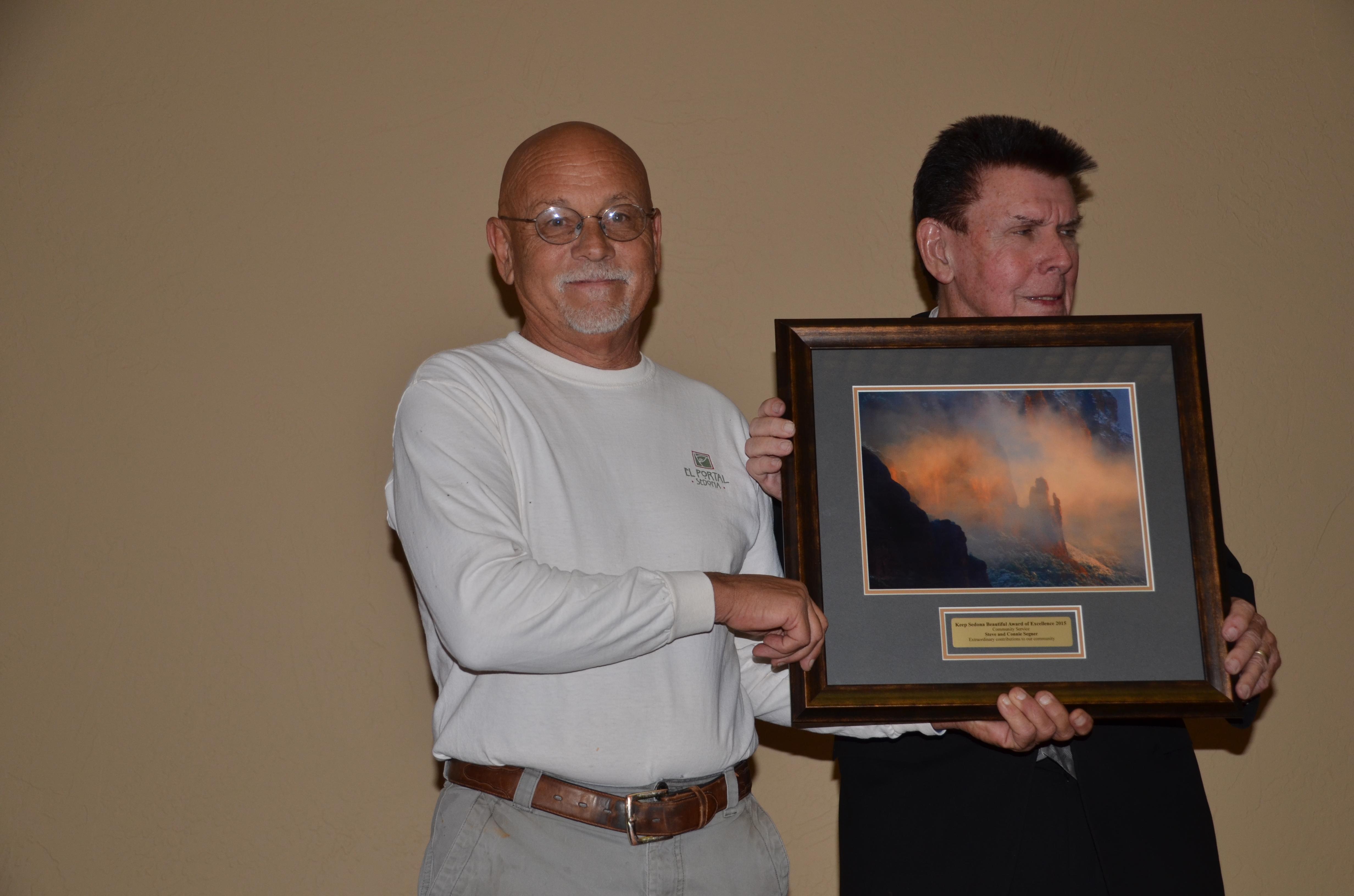 Steve Segner Receives Award